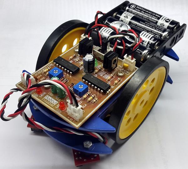 AP106ชุดคิทหุ่นยนต์เดินตามเส้นแบบใช้ IC ดิจิตอล บีม
