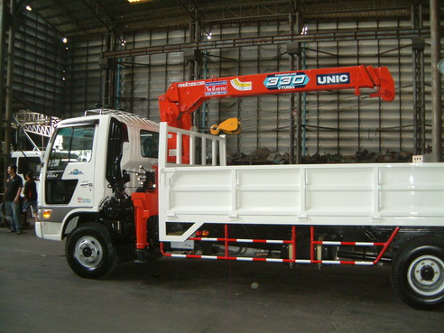 รถบรรทุก6ล้อ ติดเครน 3-5 ตัน พร้อมกระบะ สั่งประกอบได้ตามงบประมาณ เอกนีโอทรัคส์ 086-7655500