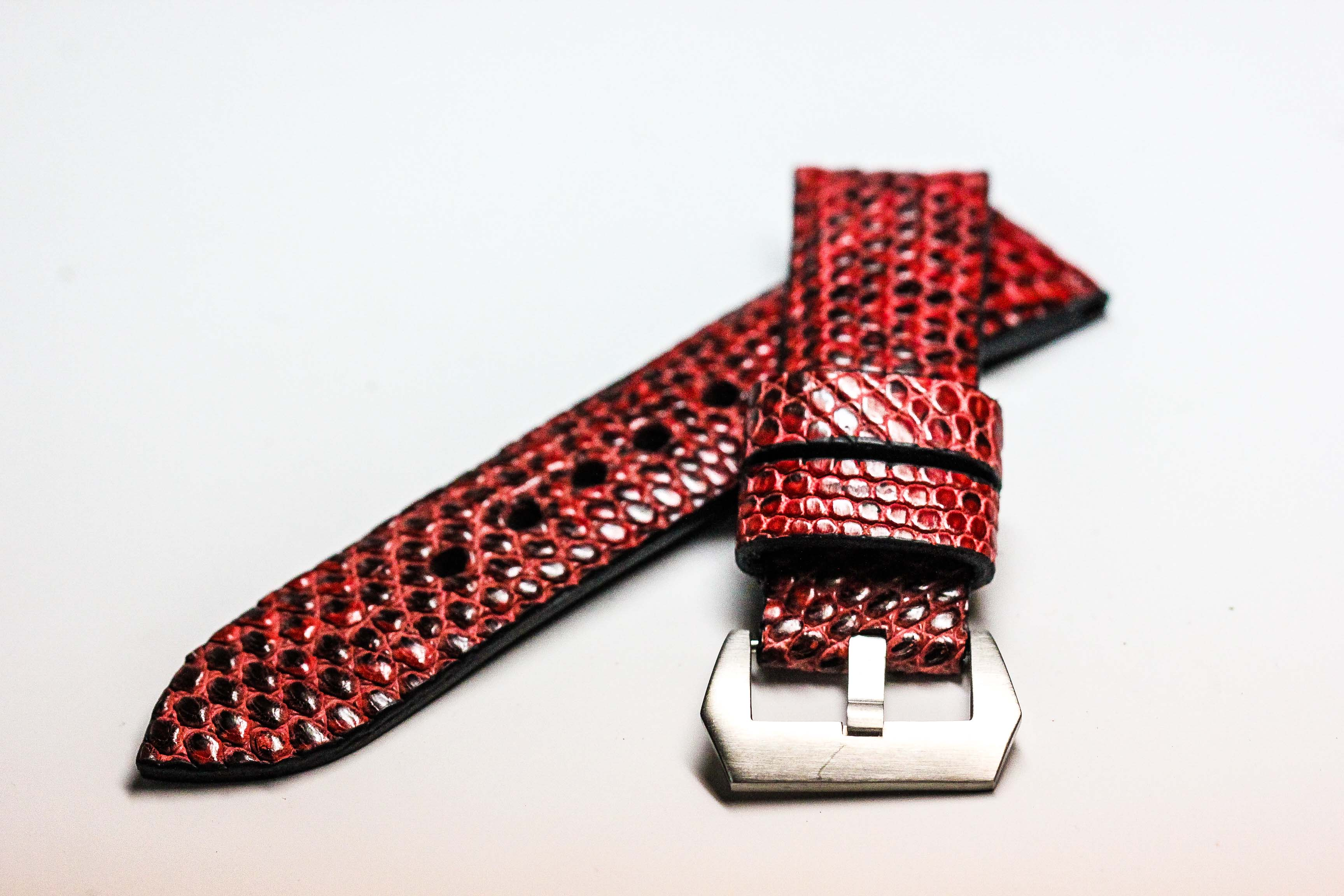 Metal Red Genuine Leather Back Lizard Leather Watch Strap Pam Buckle 24 mm