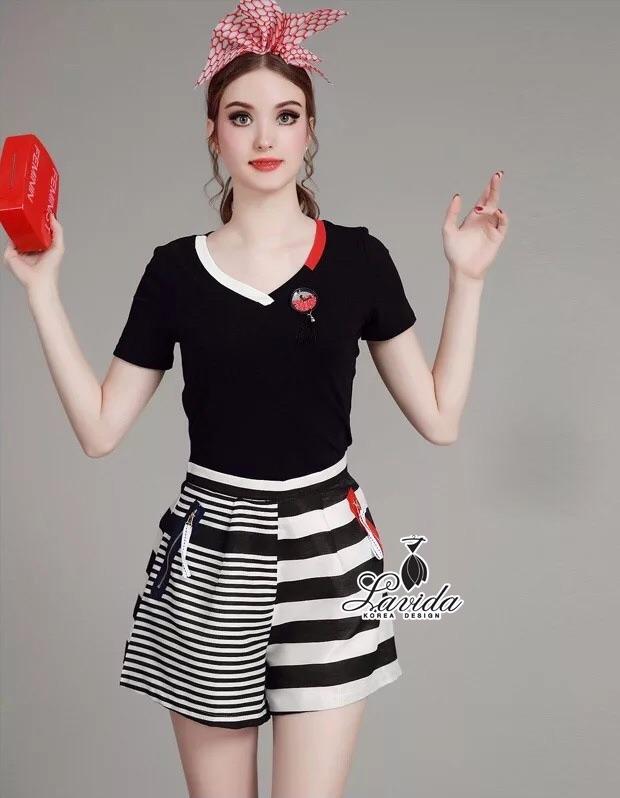 Korea Design By Lavida watch stylish decorated v neck top striped pants pretty set ดำ