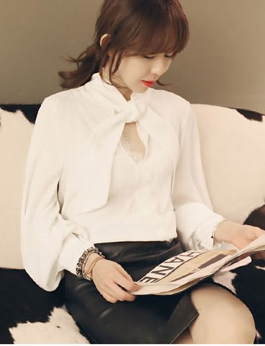 เสื้อทำงานแฟชั่น แขนยาว มีผ้าผูกที่คอ เสื้อสีขาว