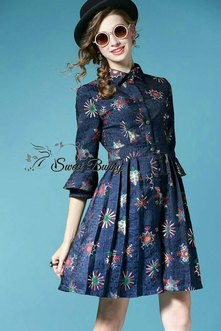 Sweet Bunny Present... Blue floral prom dress