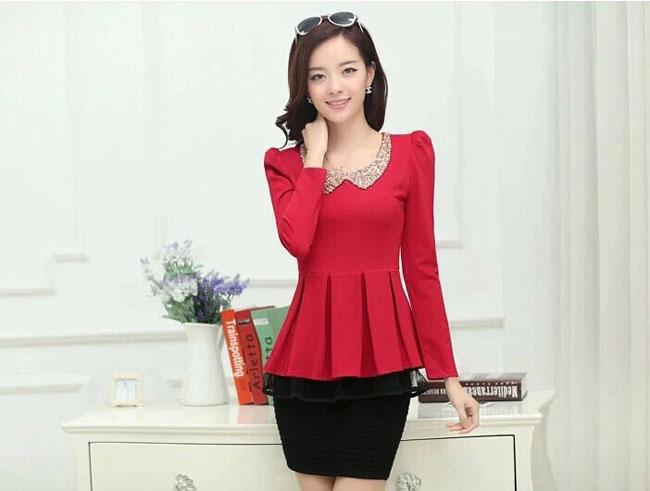 เสื้อทำงาน แขนยาว คอบัวประดับเลื่อม สวยหรู สีแดง