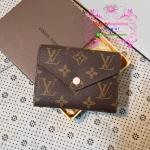 Louis Vuitton Victorine Wallet Monogram Canvas ด้านในสีชมพูอ่อน งานHiend 1:1