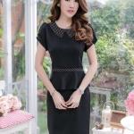 ชุดเดรสสีดำ ผ้า Hanako เนื้อดี แต่งคอปก เอว ด้วยผ้า Canvas ลายจุด XL829