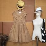 Vintage dress : เดรสวินเทจผ้าลูกไม้ฉลุทั้งตัวนะคะ แพทเทิร์นเข้ารูป สีน้ำตาลนู๊ดๆ สีสุภาพ ซับในเต็มตัว