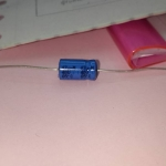 C47UF40VDCอิเล็กโตรไลท์ทรงนอนมีขั้วยี้ห้อฟิลิปส์ Philips VISHAY