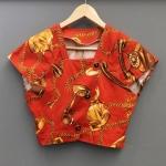 Vintage Top : เสื้อวินเทจตัวสั้น สีส้มอิฐ แพทเทิร์นน่ารักมาก ผ้าคอตต้อนเนื้อยืด ทรงนี้หายากมากนะคะ นานๆได้มาที