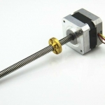 Step motor NEMA 17 แกนเป็น Lead screw Tr8X8 310 mm