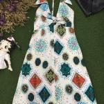 Vintage dress : เดรสวินเทจ สีขาวพิมพ์ลาย แพทเทิร์นเข้ารูป #เว้าหลัง เก๋มาก
