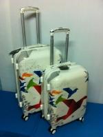 กระเป๋าเดินทางลายนกพับ ไซส์ 24 นิ้ว
