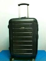 กระเป๋าเดินทาง Ricardo รุ่น Roxbury 2.0 สีดำ Kevlar ขนาด 21 นิ้ว