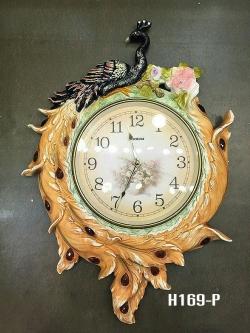 นาฬิกาแขวนผนังดีไซน์สวยๆ รูปนกยูงเพ้นท์สี