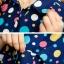 เสื้อเชิ๊ต คอปก แขนสี่ส่วน กระดุมหน้า ลายจุดสีสดใส เสื้อสีน้ำเงิน รหัส 44102-น้ำเงิน thumbnail 6