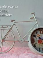 นาฬิกาตั้งโต๊ะสไตล์วินเทจ รูปจักรยานสองล้อโครงโลหะสีขาว
