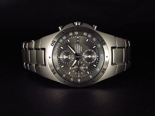 Seiko Titanium Chronograph Watch SND419P