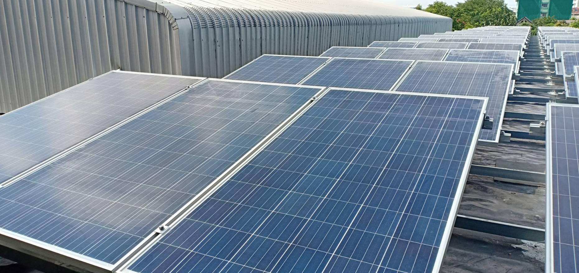ผลงานการติดตั้งโซล่าเซลล์ระบบออนกริด 30KW ที่บริษัท เมืองสะอาด - Goodwe  Inverter,Inverter,เครื่องแปลงไฟ,ปั๊มน้ำ,โรงรถโซล่าเซลล์ พลังงานแสงแดด  ปั๊มน้ำโซล่าเซลล์ ลดค่าไฟฟ้า ปั๊มน้ำDC 12volt 24volt แผงโซล่าราคาถูก :  Inspired by LnwShop.com