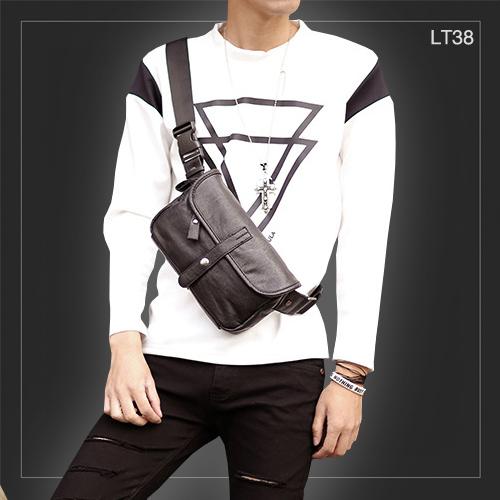 LT38 กระเป๋าคาดอก กระเป๋าคาดเอว หนัง PU สีดำ