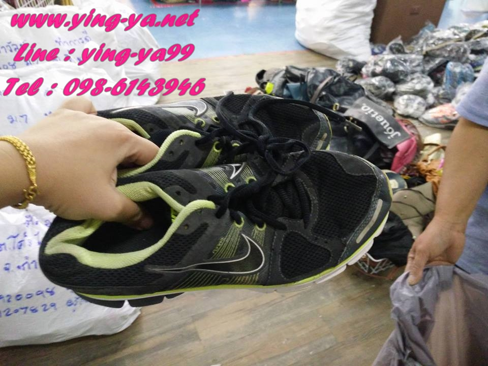 รองเท้าผ้าใบแบรนเนมเกรดพรีเมี่ยมส่งคู่ล่ะ 100 บาท